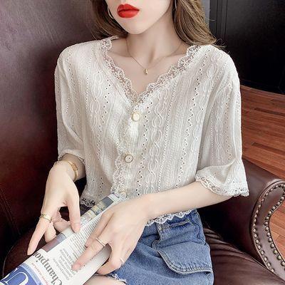 18239/2021夏季新款温柔风上衣仙气短袖甜美减龄V领淑女气质短款蕾丝衫