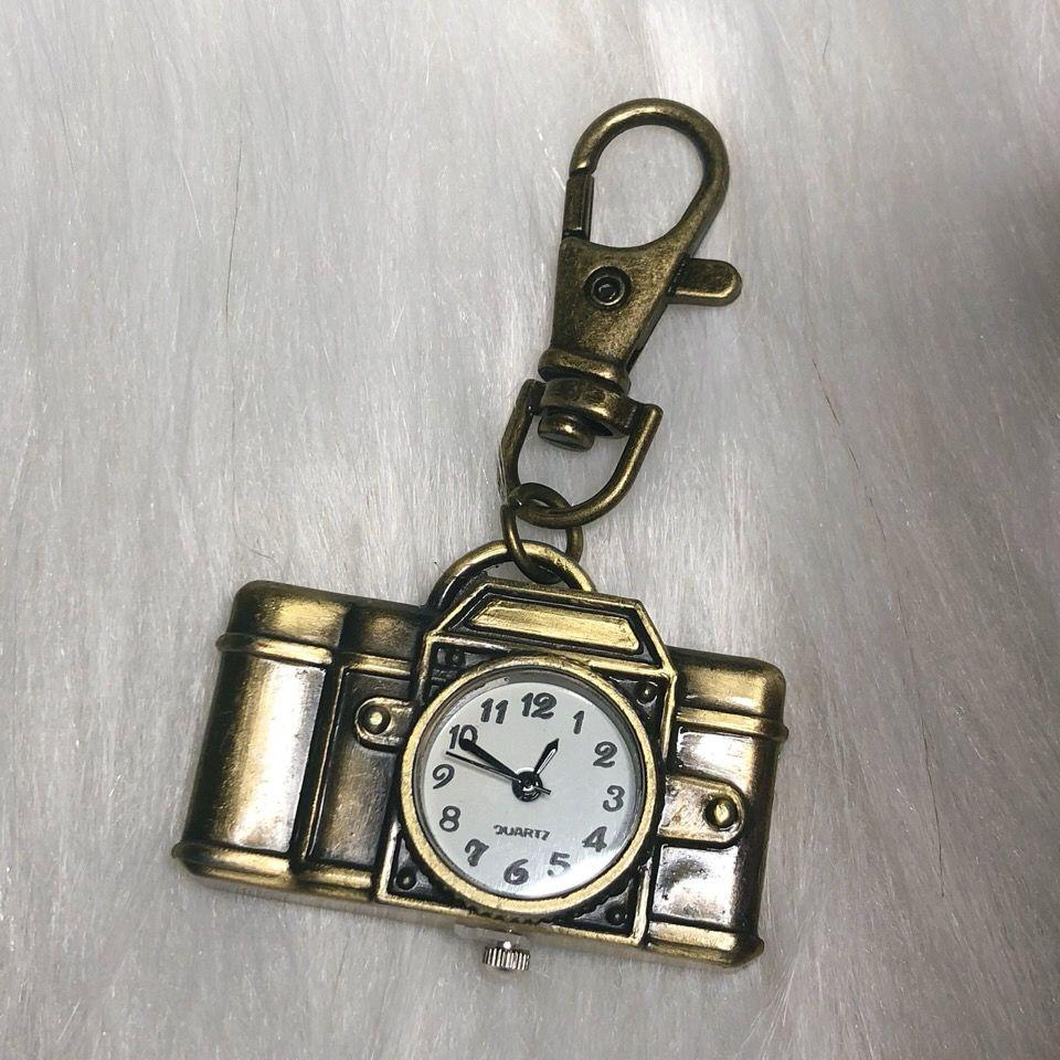 75744-厂家特价促销 复古翻盖怀表学生书包钥匙扣挂表创意礼品石英手表-详情图