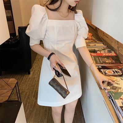 40697/2021夏季新款韩版泡泡袖方领法式小众白色裙子显瘦中长款连衣裙女