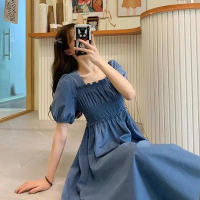 40200/夏季2021新款复古法式过膝长裙收腰显瘦泡泡方领短袖连衣裙女裙子