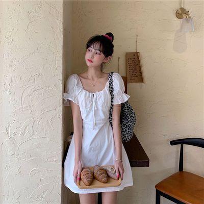 34612/2021夏季新品赫本风可盐可甜法式桔梗泡泡袖方领连衣裙女夏超仙气
