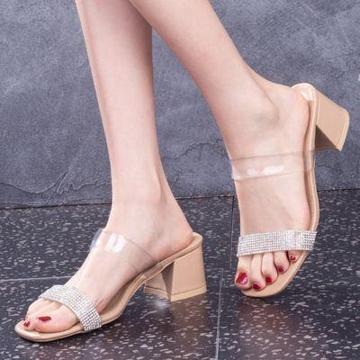 39716/网红透明pvc凉拖鞋女夏时尚外穿2021新款粗跟水钻一字带高跟鞋潮