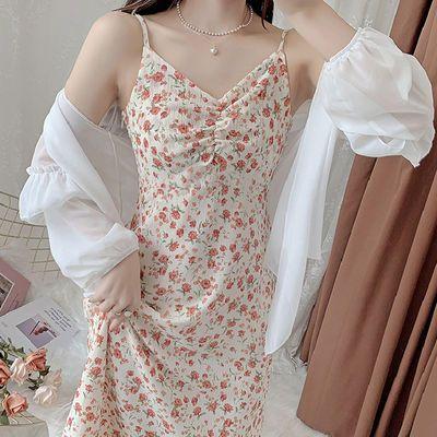 法式V领纯欲吊带连衣裙2021新款超仙气质显瘦小个子百搭夏季女装