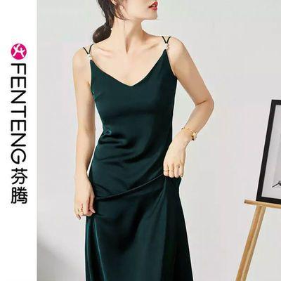 42828/芬腾醋酸缎面连衣裙高端修身气质V领夏性感外穿内搭吊带黑色长裙