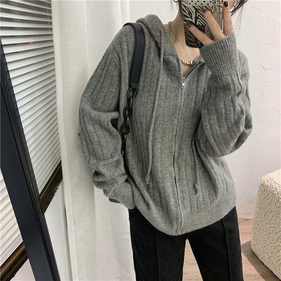 70695/保暖牛绒显瘦坑条连帽针织开衫女秋季新款宽松休闲拉链毛衣短外套