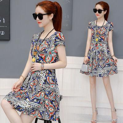 w2021夏装新款印花连衣裙女装修身时髦印花夏季短袖气质裙子