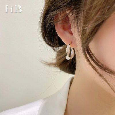 89401/S925银小众高级感耳环韩国气质网红2021年新款潮女夏轻奢精致耳钉