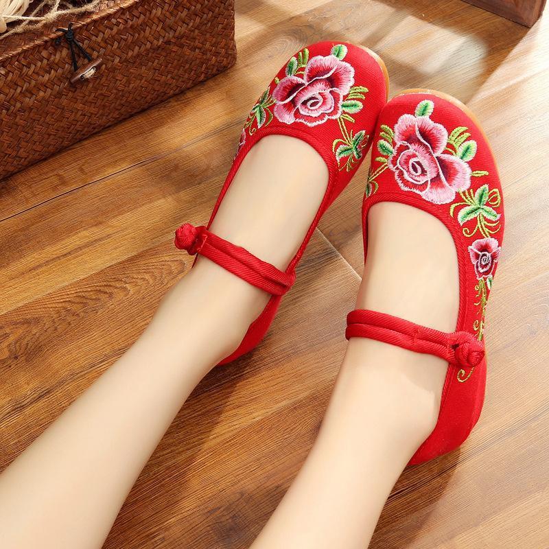 女鞋软底民族风布鞋单鞋女装学生女式妈妈休闲内增高绣花鞋