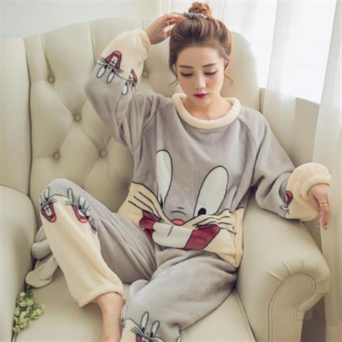 灰色兔八哥图案法兰绒睡衣女冬水貂绒套装   瑞兴睡衣