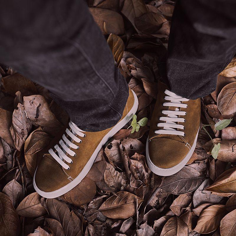 2021年新款板鞋男真皮软面皮潮流透气休闲皮鞋软底手工缝制鞋