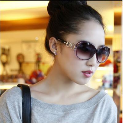 眼镜新款太阳镜女潮偏光墨镜女士圆脸明星款防紫外线长脸司机眼睛